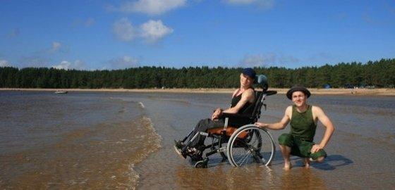палки в колеса инвалидной коляски новая газета в санкт