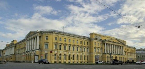 Битвы за Павловские казармы не будет