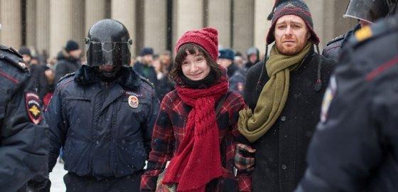 Антивоенный сход в Петербурге: задержаны шестеро