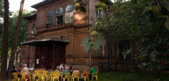 Лопухинский сад: затишье после бури
