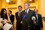 Вам Крым или Конституцию?: Фоторепортаж