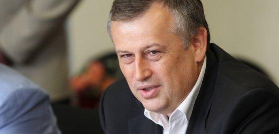 Александр Дрозденко ушел в отставку