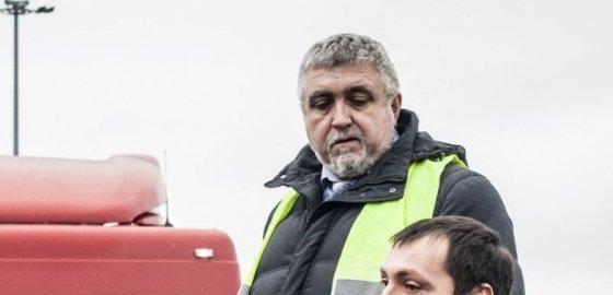 Один из лидеров петербургского движения дальнобойщиков скрывается от преследования