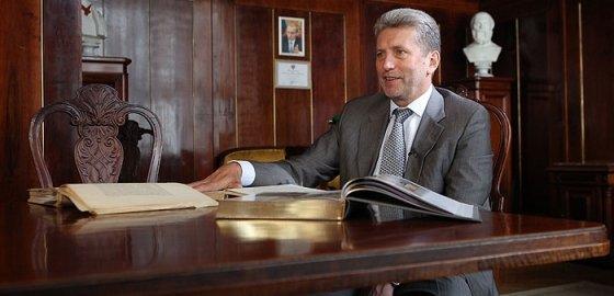 Публичка встречает нового директора и старые проблемы