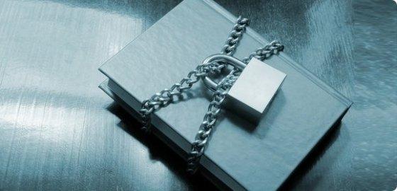 Книгу оставили под арестом