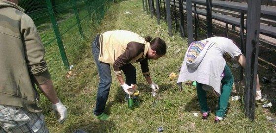Петербуржцы вышли на мусорную «демонстрацию»