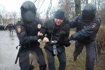 Акция «Надоел» в Петербурге кончилась за 15 минут массовыми задержаниями: Фоторепортаж