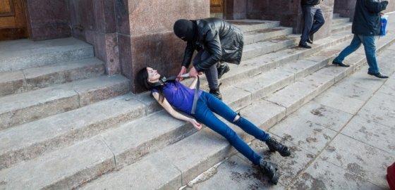 Против пыток – в городе, стране и мире