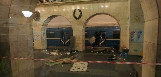В Сирии, Петербурге и... Америке. Год со дня теракта в метро