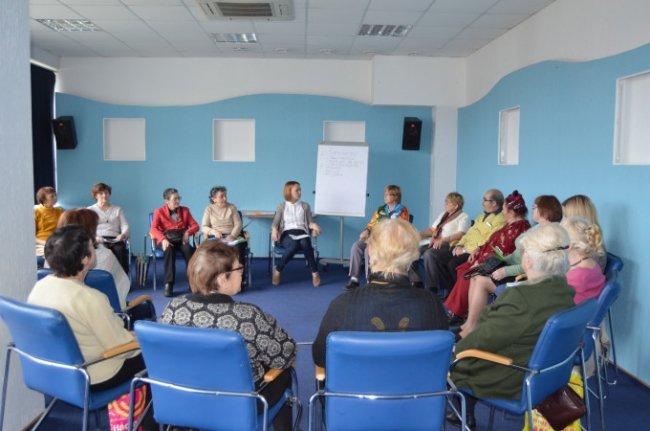 Семинар для волонтеров // Фото: hesed.spb.ru