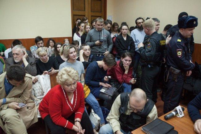 Суд по делу «Сети». Сенатор Людмила Нарусова — в первом ряду / Фото: Елена Лукьянова, «Новая в Петербурге»