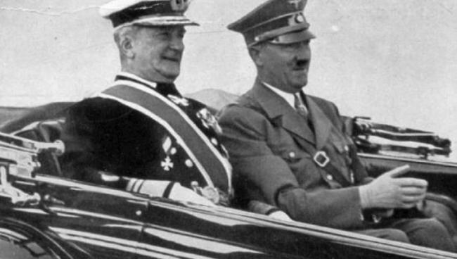 Миклош Хорти с Адольфом Гитлером. Фото: REUTERS