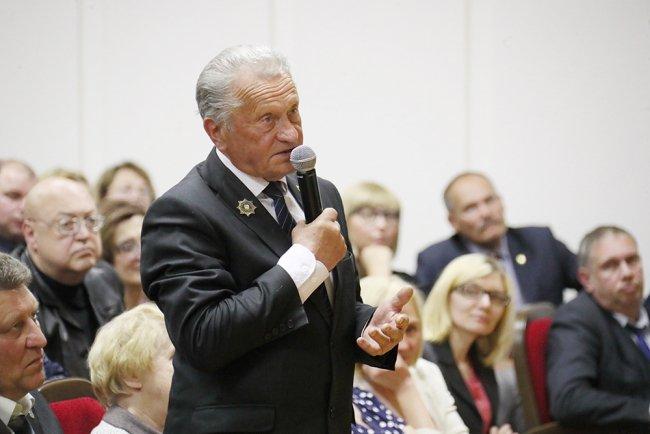 Председатель совета ветеранов Курортного района Виктор Михайлов. Фото: gov.spb.ru