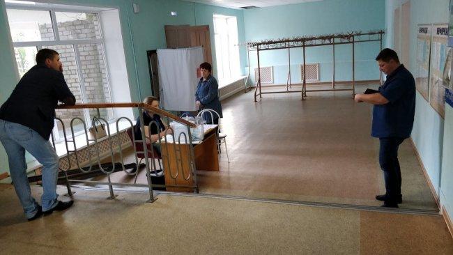 «Избирательный участок» в пансионате «Голубые озера». Фото: Денис Коротков / «Новая»