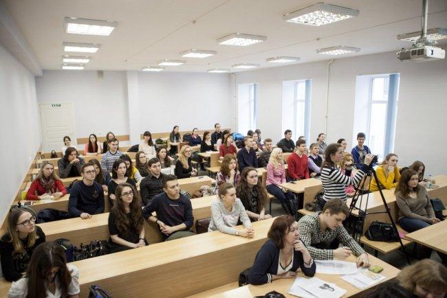 На лекции в СПбГУ. Фото: пресс-служба вуза
