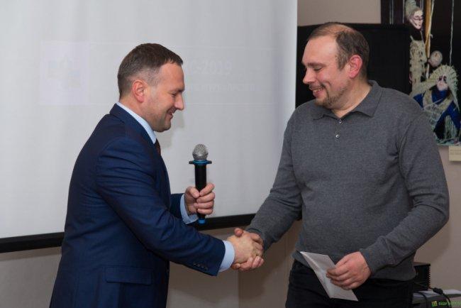 Михаил Боголюбов (справа). Фото: vnnews.ru