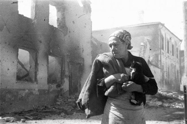 Без крова. 1944 год. Фото: Всеволод Тарасевич