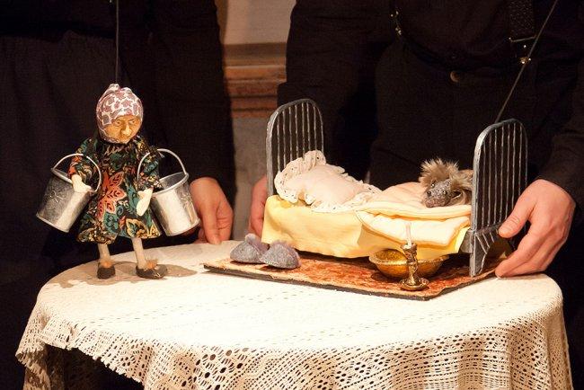 Спектакль «Птифуры» в театре «Кукольный формат». Фото предоставлено пресс-службой КУКФО