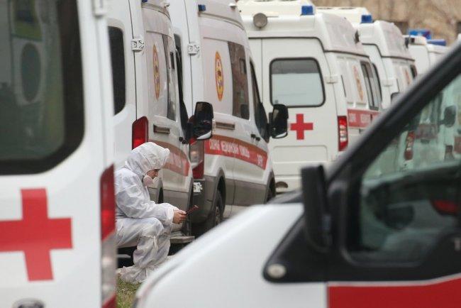 Покровская больница в Санкт-Петербурге в период пандемии коронавирусной инфекции. Фото: Петр Ковалев / ТАСС