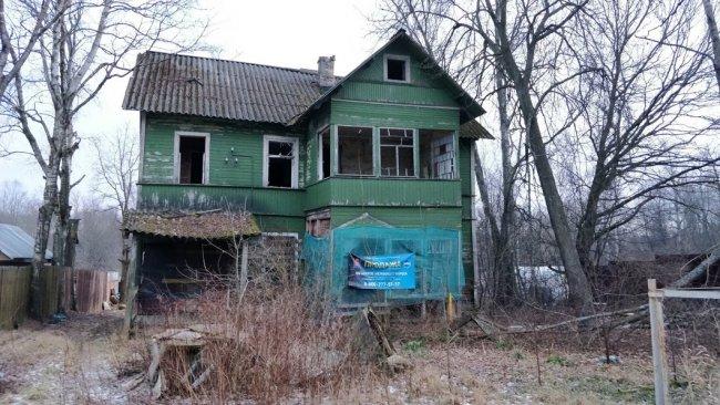 Дом № 5, Новгородский переулок, поселок Песочный. Фото: Денис Коротков / «Новая газета»