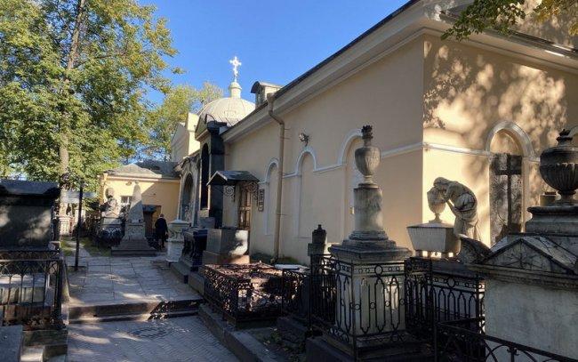 Лазаревская усыпальница. Фото Музея городской скульптуры