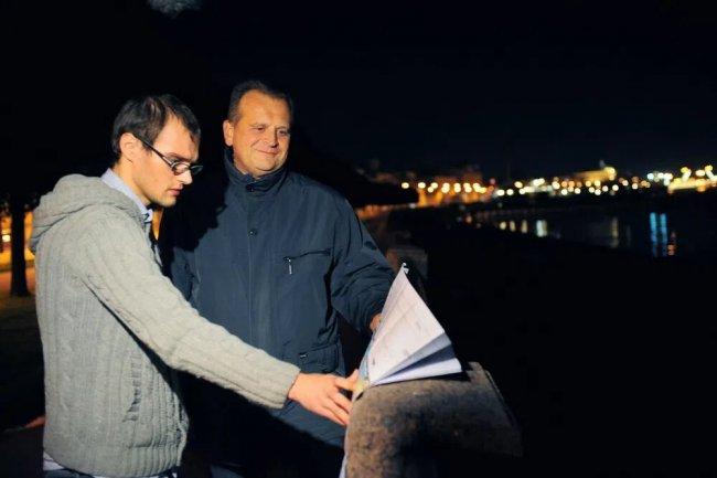 Cотрудники института «Стройпроект» проводят навигационный эксперимент в предполагаемом месте расположения моста. Фото: stpr.ru